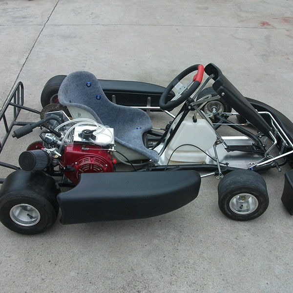 AKRA Racing Go Kart